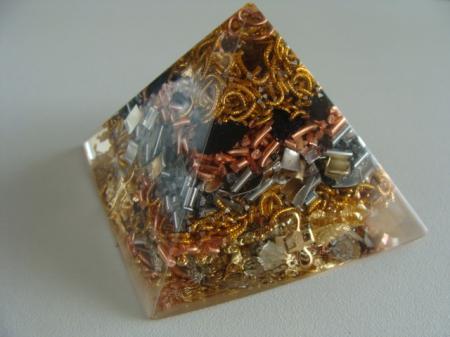 orgonites pyramide